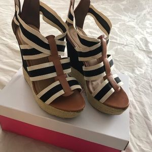 Espadrille wedge shoes